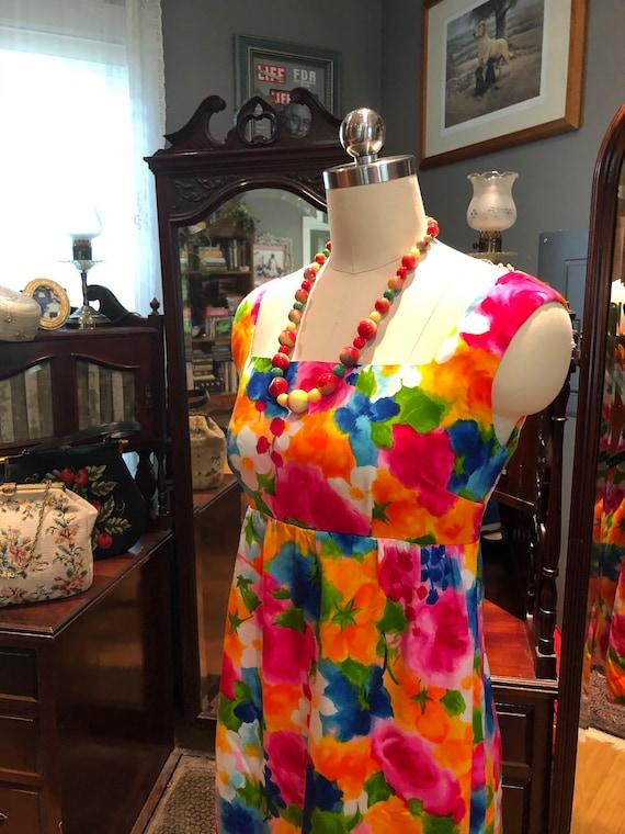 60's GORGEOUS Handmade MINI/60's Spring Flowers D… - image 7