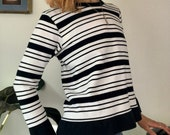 Striped Cotton Crewneck Sweatshirt Vintage 90s Black and White Stripe Cotton Pullover Minimal Summer Sweatshirt 90s Grunge Long Sleeve