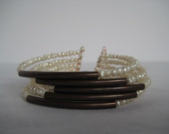 Handmade memory wire bracelet with natural pearls and copper findings