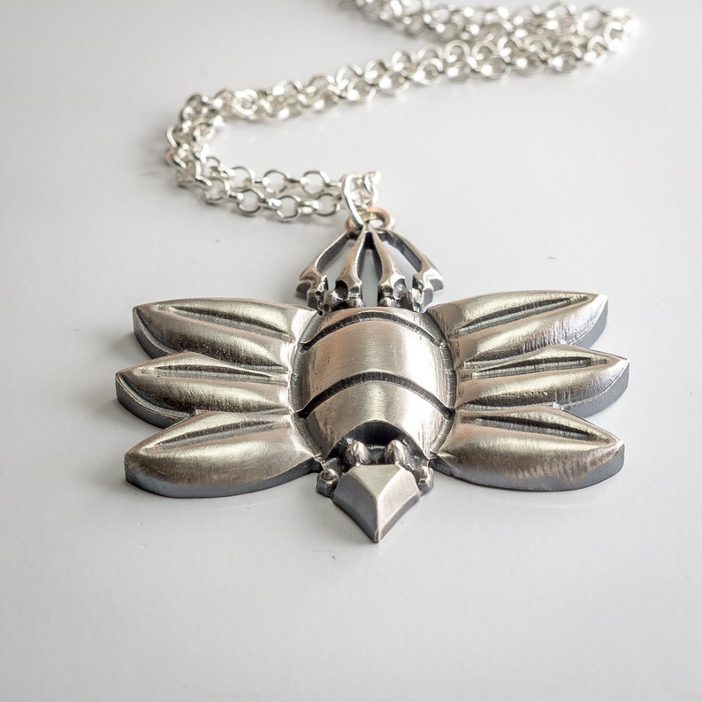 Hollow Knight Hallownest Seal silver pendant