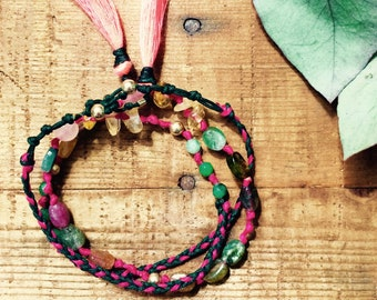 Strap to tie and semi-precious stones