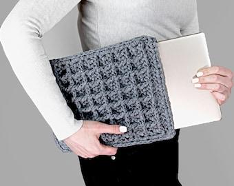 Crochet Laptop Cover Pattern | Crochet Waffle Case Pattern