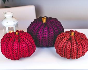 Crochet Pumpkin Pattern | Halloween Home Decor | Crochet Farmhouse Pumpkins with Cinnamon Stick