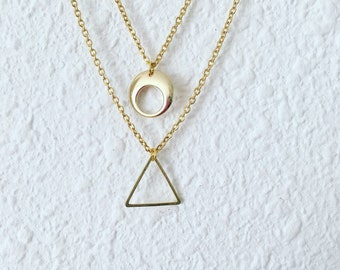 Multilayered gold round geometric openwork and triangle-stainless steel chain