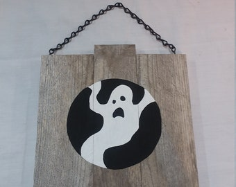 Ghost Rustic Wood Hanging Halloween Plaque