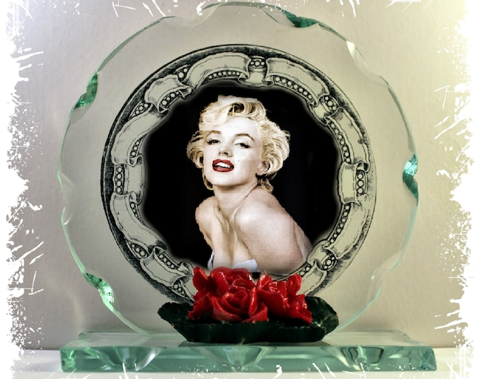 Featured listing image: Marilyn Monroe Cut Glass Round Plaque Valentine Limited Edition  #4