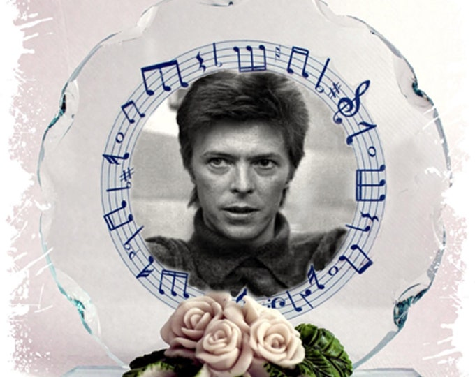 Featured listing image: David Bowie, Space Oddity, Under Pressure, Photo Cut Glass Round Plaque  Ltd Edition