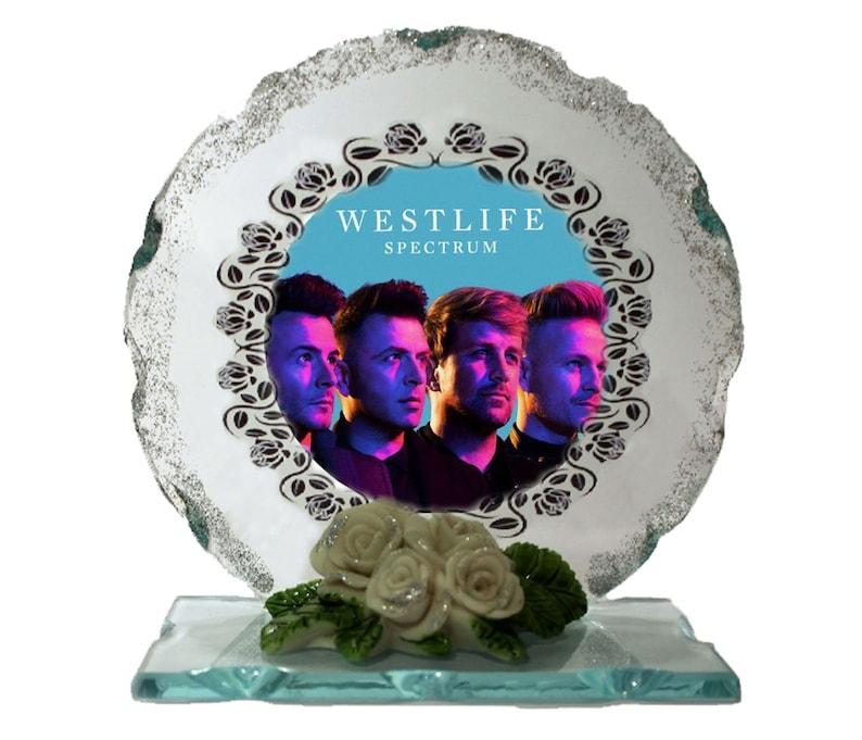 Westlife Dynamite Better Man  Photo Cut Glass Round Frame image 0