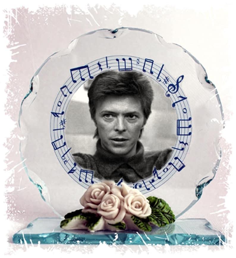 David Bowie Space Oddity Under Pressure Photo Cut Glass image 0