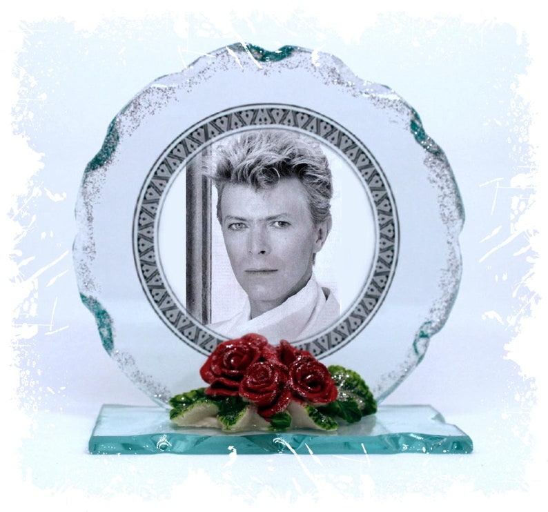 David Bowie Space Oddity Under Pressure Photo Cut Glass image 0