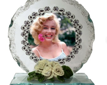 Marilyn Monroe, Norma Jeane,  Cut Glass Round Plaque Valentine Limited Edition