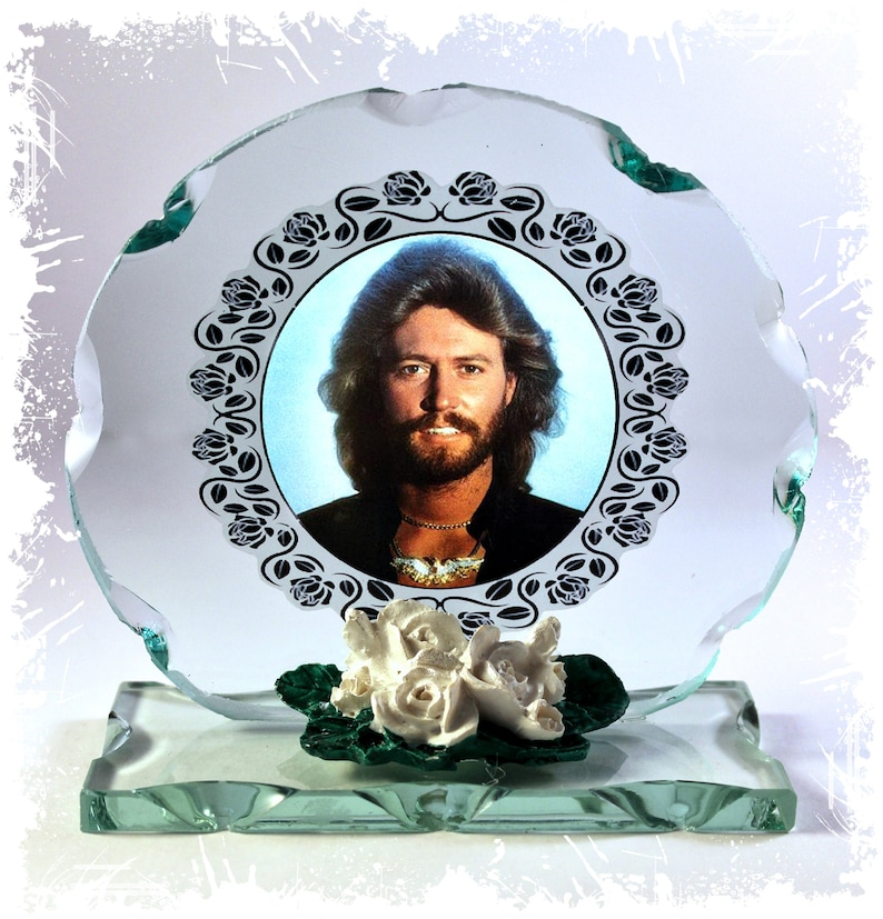 Barry Gibb Bee Gees Stayin' Alive Photo Cut Glass Round image 0