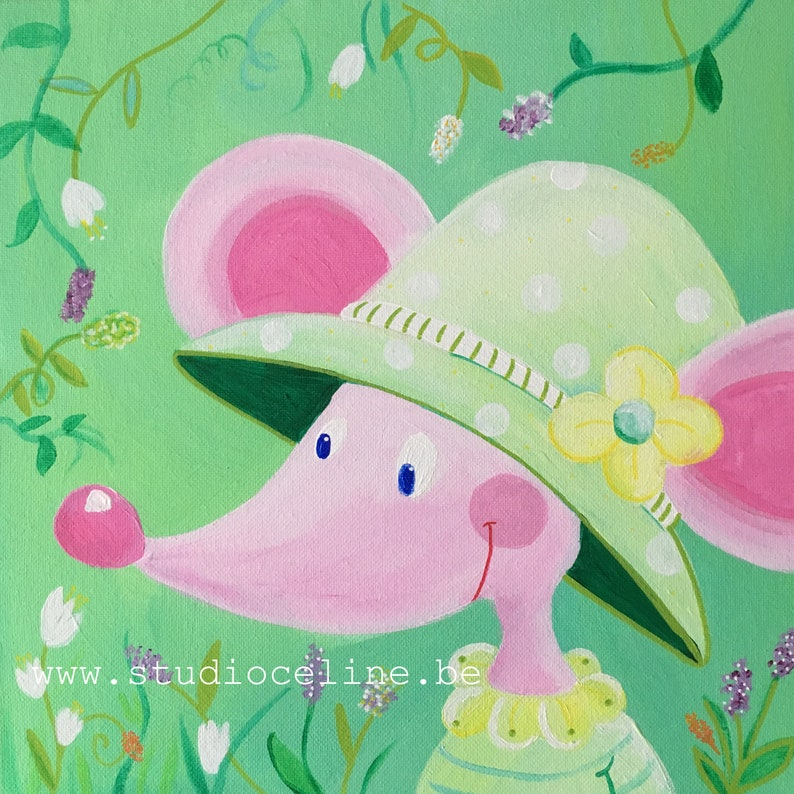 Mouse with sun hat image 0