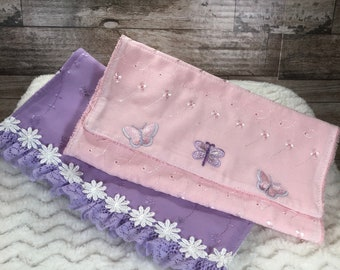 Eyelet Burp cloths
