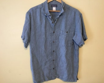 bbde301f Late 90s Vintage Patagonia Button Up Sz Large Short Sleeve Blue Cross  Pattern