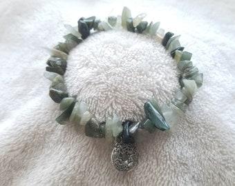 Serpentine chip bracelet