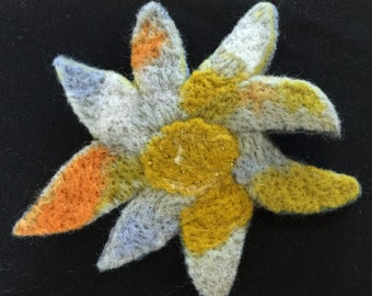 Flower felt brooch
