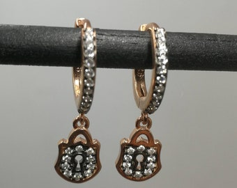 Earrings with Bright