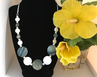 Black and White Shell Beaded Necklace