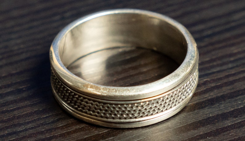 Intricate Sterling Silver band size 15