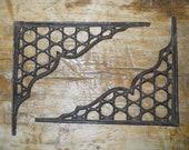 2 Cast Iron Antique Style LARGE RING Brackets, Garden Braces Shelf Bracket