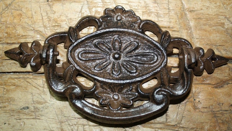 2 Cast Iron Antique Victorian Style OVAL Drawer Pull Barn Handle Door Handles