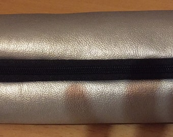 SILVER FABRIC POUCH