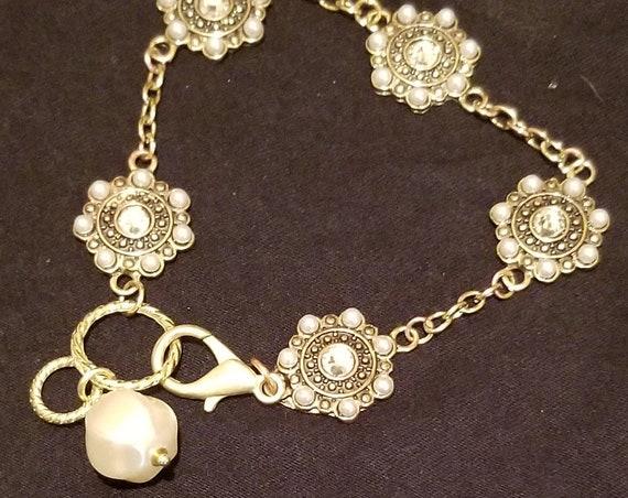 B44 Delicate Bronze Glitters