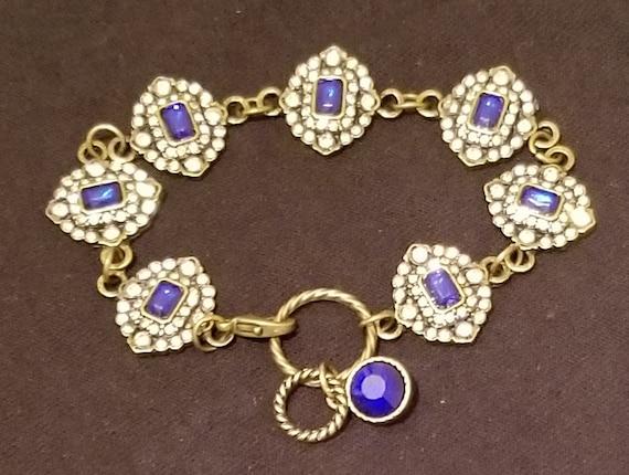 B41 Sapphiresque