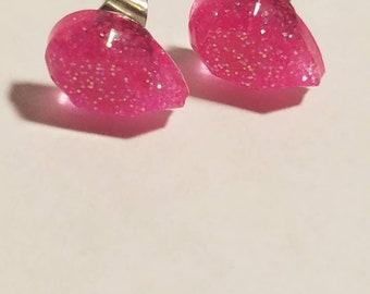 Teardrop pink glitter stud earrings