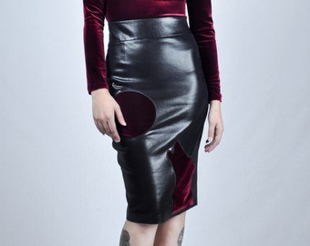 WOLF SKIRT RED