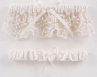 Beaded Lace Garter Set