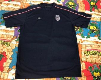 Vintage Umbro Mens England Navy Soccer Jersey Large 745770ba8