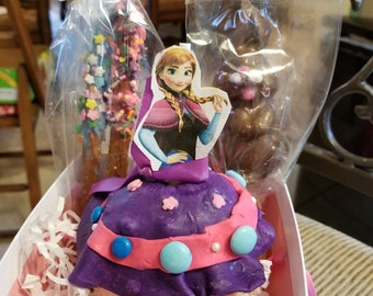 Anna Caramel and Chocolate Covered Apple Easter Basket