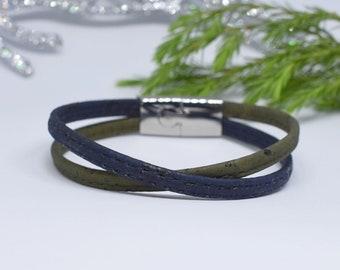 Natural cork bracelet and adjustable ring set in blue with magnetic ends