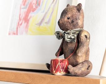 giocattolo orso in stile vintage