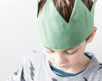 cloth crown for children's play