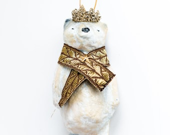 decoration to hang of vintage inspiration. Polar bear with glitter glass crown. Custom