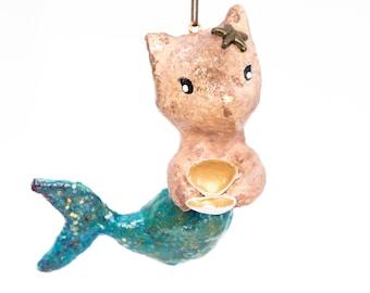 vintage-inspired mermaid cat in cotton yarn. Custom.
