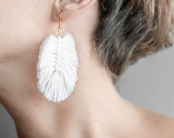feather earrings or white boho macramè leaf