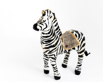 vintage circus-inspired zebra in cotton yarn. Custom.