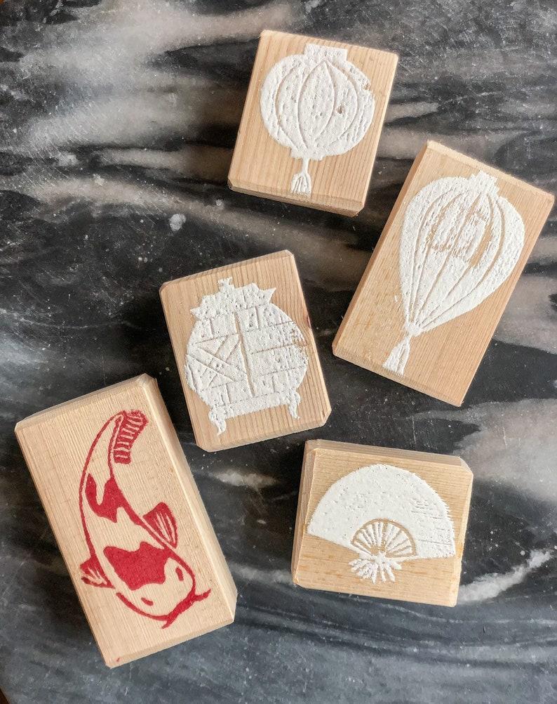 Timbri Personalizzati Per Stoffa timbri per stampa su tessuto in stile orientale, lanterne, ventaglio e  carpa koi