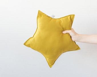 star-shaped pillow