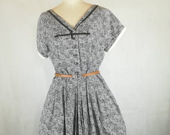 Vintage 50s original dress with ribbon black and white