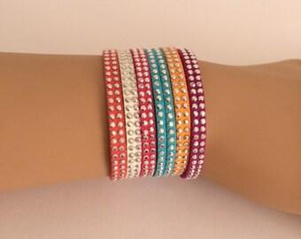 Cuff Bracelet multicolor girl.