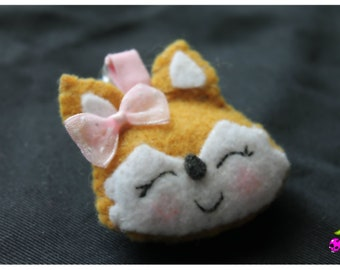 Felt cute kawaii fox keychain