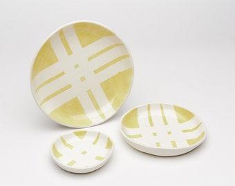 Yellow and White Crossroads Dish
