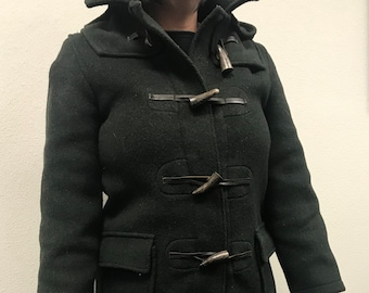 Ladies Vintage English Toggle Coat, Wool Blend, Small, Button Removable Hood, Dark Hunter Green... Lovely Warm Coat in Excellent Condition