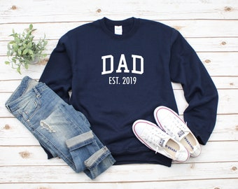 7790ed3ba6ad9 Dad Established 2019 Heavy Blend Crewneck Sweatshirt, Dad Sweater, Dad to  Be, Dad Gift, Gift For Fathers Day, Dad to Be Announcement, Dad