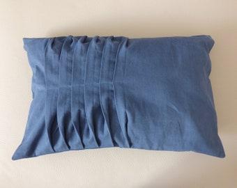 Folds back cushion/pillow